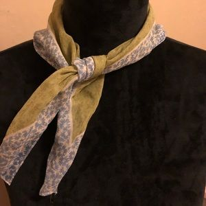 "🤍Silk scarf 20x20"" square"